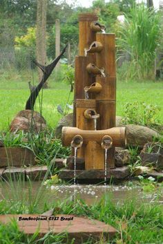 This Deer Scarer Bamboo Fountain is ideal for use in small ponds or container water gardens. You can also display this lovely bamboo fountain as a disappearing water feature. – Page 834643743428579414 – BuzzTMZ Bamboo Art, Bamboo Crafts, Bamboo Ideas, Design Fonte, Bamboo Fountain, Fountain House, Fountain Design, Fountain Ideas, Bamboo Design