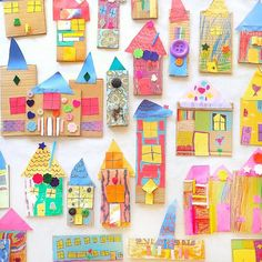 Little houses made with recycled cardboard, paper and other stuffs. Toddler Crafts, Diy Crafts For Kids, Projects For Kids, Fun Crafts, Craft Projects, Paper Crafts, Arts And Crafts, Craft Ideas, Kindergarten Art