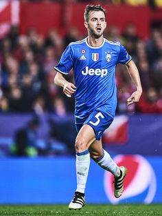 Miralem Pjanic of Juventus in action during the UEFA Champions League match between Sevilla FC and Juventus at Estadio Ramon Sanchez Pizjuan on November 22, 2016 in Seville, Spain.