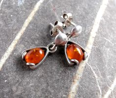 Amber / Silver Earrings  Vintage by ReTainReUse on Etsy, £14.00