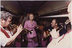 Meanwhile, somewhere in Michigan… First Lady Betty Ford dancing aboard President Gerald Ford's Whistlestop Campaign Train Trip. White House Trivia: Did you know that Betty Ford was a Martha Graham dancer in her youth? Betty Ford, Studio 54, Persona, Train Trip, Pop Culture, Presidents, Dancer, Campaign, Film