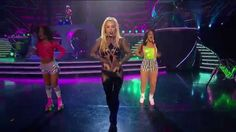 Pretty Girls - Britney Spears feat. Iggy Azalea live Billboard Music Awa...