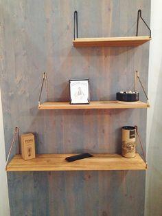 Shelf shelves by Frama.