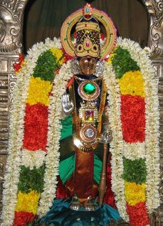 Trichy Uttamar Koil Brahma Temple Uthamar Kovil (also known as Thirukkarambanoor or Bhikshandar Kovil) in Uthamarkoil a village in the outskirts of Tiruchirappalli in the South Indian state of Tamil Nadu is dedicated to the Hindu god Trimurti Vishnu Shiva and Brahma. Constructed in the Dravidian style of architecture the temple is glorified in the Divya Prabandha the early medieval Tamil canon of the Azhwar saints from the 6th9th centuries AD. It is one of the 108 Divyadesam dedicated to…
