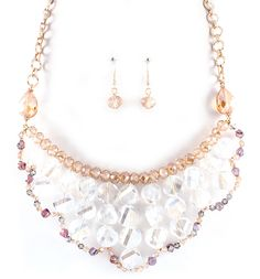 Beautiful necklace and earring set.