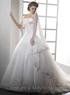 Ball Gown Strapless Lace Tulle Court Train Wedding Dress at Millybridal.com