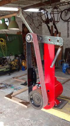 Metal Working Tools, Metal Tools, Metal Projects, Welding Projects, Homemade Tools, Diy Tools, 2x72 Belt Grinder Plans, Diy Belt Sander, Metal Fabrication Tools