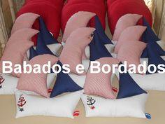 Babados & Bordados: Almofadas de pescoço e Barquinhos