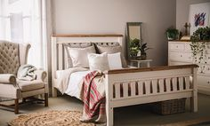 Mansfield Queen Bed on sale at Early Settler - Sale Finder