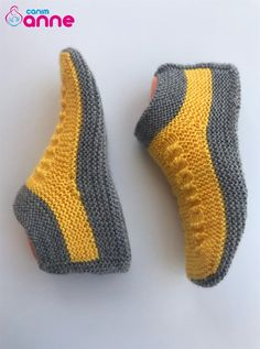 Crochet Slipper Pattern, Knit Crochet, Baby Knitting Patterns, Crochet Patterns, Crochet Baby Shoes, Knitted Slippers, Irish Lace, Knitting Socks, Lana