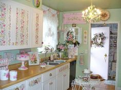 so shabby chic Blanc Shabby Chic, Rose Shabby Chic, Cottage Shabby Chic, Style Shabby Chic, Simply Shabby Chic, Shabby Chic Kitchen, Shabby Chic Homes, Shabby Chic Decor, Cottage Style