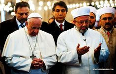"""CHRISLAM UPDATE: In a public show of """"Muslim-Christian unity"""" Pope Francis bows, faces east and prays to Allah in a Turkish mosque. The Pope's Chrislam dream is beginning to come true. (Stupid people!) #Chrislam http://www.nowtheendbegins.com/blog/?p=28603"""
