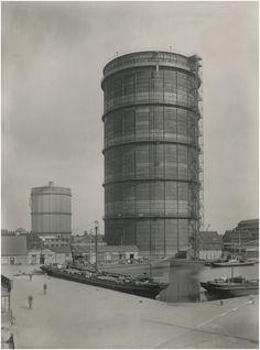 Gashouders, Nachtegaallaan en Havenhoofd  Beurden, A. van (fotograaf)  - 1931