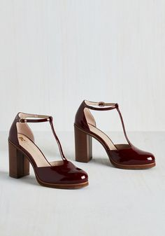 I'm Glossy! Heel in Garnet. When you feel and look as confident as you do in these burgundy pumps by BC Footwear, your presence is magnetic! #red #modcloth