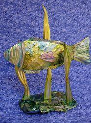 I AM A PISCES...SO I LOVE FISH ART..Soda Can Fish Art    By: Heidi Borchers