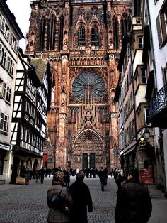 Cathédrale Notre-Dame-de-Strasbourg, France. Pictures never do it justice. Hoping this from our trip does. MASSIVE.