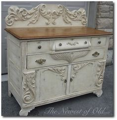 Aging Cream Finish over Chalk Paint  Cream
