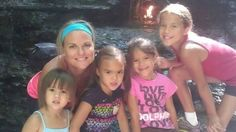 Alenemor til fire død af kræft: Hendes bedste veninde adopterede alle pigerne | Livsstil