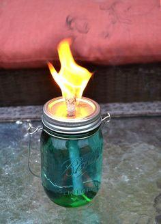 #DIY Mason Jar Citronella Torches #crafts