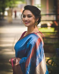 The Queen . With iwomens you will get daily Beauty and Fashion Pictures & tips for womens. Beautiful Girl Indian, Beautiful Girl Image, Most Beautiful Indian Actress, Beautiful Saree, Beautiful Actresses, Gorgeous Women, Beautiful Outfits, Beautiful Gorgeous, Beauty Full Girl
