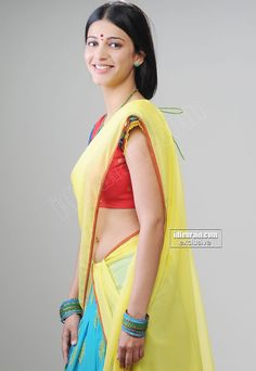 Shruthi Hassan Hot Navel Show In Saree Spicy Pictures
