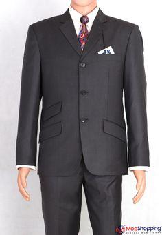 60s Mod Fashion, Suit Fashion, Grey Colour Suit, Burgundy Colour, Mohair Suit, Mod Suits, Tailor Made Suits, T Shirt Hacks, Charcoal Suit
