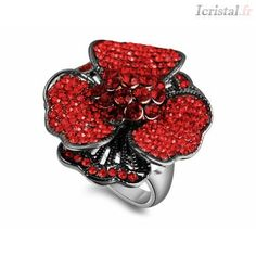 Bague en alliage avec strass poupre-rouge LA PIVOINE EPANOUIE Swarovski, Heart Ring, Silver Jewelry, Gemstone Rings, Crystals, Crystal Ring, Flowers, Peony, Rhinestones
