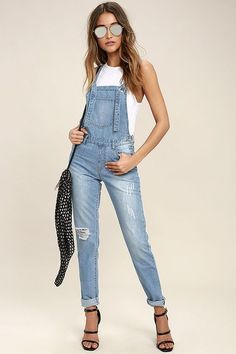 Slip on the Glamorous Dolores Park Light Wash Distressed Denim Overalls for a sunny day adventure! Light wash denim overalls with tying straps and skinny pant legs. Cute Overalls, Overalls Outfit, Denim Overalls, Denim Jeans, Skinny Jean Overalls, Casual Outfits, Cute Outfits, Casual Clothes, Blue Jumpsuits