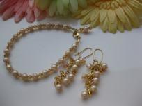 Vintage pearl, bracelet, earring set,