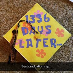 Funny pictures about SpongeBob Graduation Cap. Oh, and cool pics about SpongeBob Graduation Cap. Also, SpongeBob Graduation Cap photos. Funny Graduation Caps, Graduation Cap Designs, Graduation Cap Decoration, Graduation Diy, High School Graduation, Funny Grad Cap Ideas, Nursing Graduation, Graduation Speech, Graduation Pictures