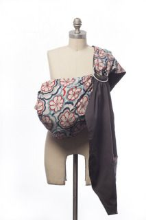 Hooray for baby slings in gorgeous floral patterns!
