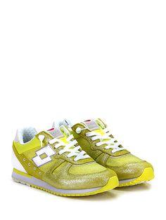 LOTTO LEGGENDA - Sneakers - Donna - Sneaker in pelle, tessuto laminato e tessuto con suola in gomma, tacco 20, platform 15 con battuta 5. - GIALLO - € 98.36