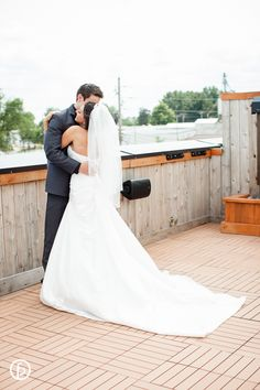 Aspen Room Wedding   Freeland Photography   freelandphotography.com -photographer: Amanda Jones