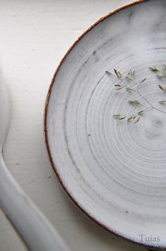 Tuias – Käsintehtyä keramiikkaa. #habitare2014 #design #sisustus #messut #helsinki #messukeskus
