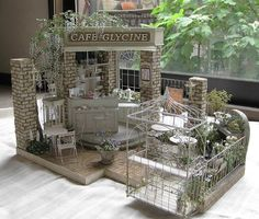 https://www.facebook.com/photo.php?fbid=905997302848457 beautiful miniature cafe by Rosy