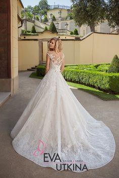 Pink Party Dresses, Wedding Dresses For Girls, Bridal Dresses, Wedding Gowns, Aire Barcelona Wedding Dresses, Amazing Weddings, Marie, Studios, Stylish