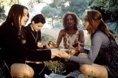 33 Feminist Films Every Girl Should See In Her Lifetime The Craft 1996, The Craft Movie, Cultura Pop, 90s Movies, Horror Movies, Spice Girls, Movie List, I Movie, Movie Stars