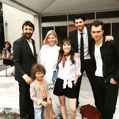 Turkish Men, Turkish Actors, Best Series, Tv Series, African Prom Dresses, Cherry Season, Strange Photos, Happy Vibes, Action