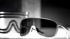 9b6ba86a950 Porsche Design Eyewear Iconics - One Piece (English). Brillen HerrenkleidungManish
