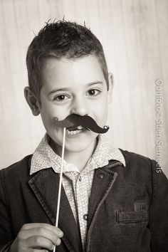 Communie ( dit was 2015 ) Moustache, Photography Ideas, Portraits, Photoshoot, Poses, Kids, Fashion, Photographing Boys, Drawings
