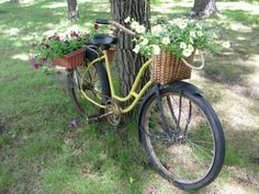 .i'm thinkin' i am ready to head out pickin' spring flowers.....if I can't have snow!