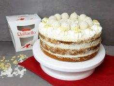 Traumhafte Raffaello Torte I Kokos Torte I backen mit Raffaello I Raffaellotorte Eat Smart, Mole, Vanilla Cake, Tiramisu, Muffin, Brunch, Food And Drink, Low Carb, Cupcakes