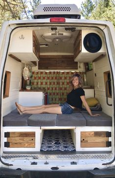 Lessons from Solo Female Traveling — Tiny House, Tiny Footprint Informationen. - Lessons from Solo Female Traveling — Tiny House, Tiny Footprint Informationen zu Lessons from So - Camping Car Van, Camping Diy, Camping Ideas, Camping Hacks, Camper Life, Camper Van, Tiny Camper, Van Life, Kombi Home