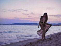 You keep me safe I'll keep you wild!  . . . . #fashionblogger #fbloggers #fashionblog #beachsunset  #instafashion  #instastyle #vscocam #travelblogger #ivegotsunshine  #whatiwore #travelblog #instatravel #jetset #welltravelled  #styleblogger #pursuepretty #flashesofdelight #dametraveler #wearetravelgirls #darlingescapes #bloggerstyle #darlingmovement #fashionaddict  #ABMsummer #wildheart #personalstyle #stayandwander #ratandboa #leopardprint #sunshinegirl