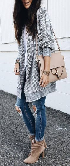 #outfits #fashion #sweatshirt #ankleboots