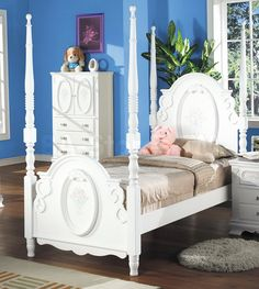Flora White Post Bed by Acme Furniture