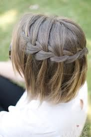 Love the waterfall braid on shorter hairstyles