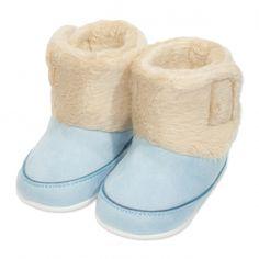 Va prezentam botoseii tip cizma baieti (bebe) pentru toamna / iarna, calitate superioara, design fashion lucios, colectia 2019, culoare albastru, marca Papulin, inchidere cu scai, ideali pentru diferite evenimente festive. Acesti botosei fac parte din categoria incaltaminte copii, fiind confectionati conform celor mai inalte standarde calitative, fabricati in Turcia. Childrens Shoes, Slippers, Fashion, Moda, Fashion Styles, Slipper, Fashion Illustrations, Flip Flops, Sandal
