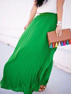 Green High Waist Pleated Maxi Skirt!