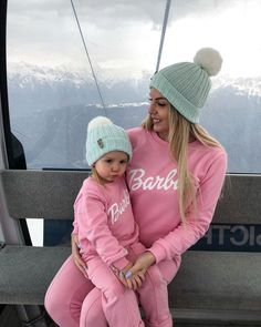 #mothergoals #motherdaughter #motherwithdaughter #bestmother #mothersday #motherdaughterwithsamestyle #samestylemotheranddaughter #motherhood #parenthood #mothertobe